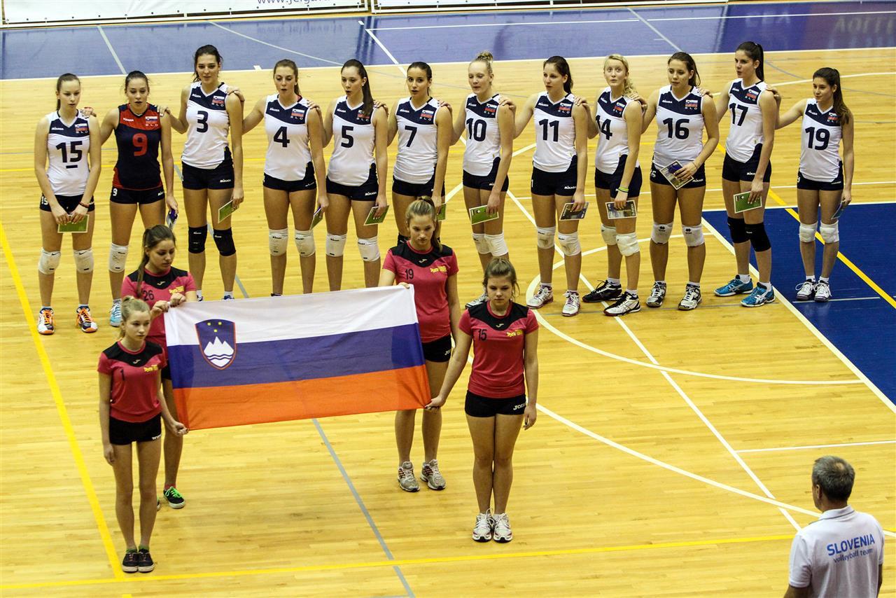 Pia, 2.Š in Taja, 2.š ter ostale reprezentantke bodo zaigrale na evropskem prvenstvu v odbojki
